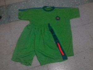 pesan seragam olahraga SMK